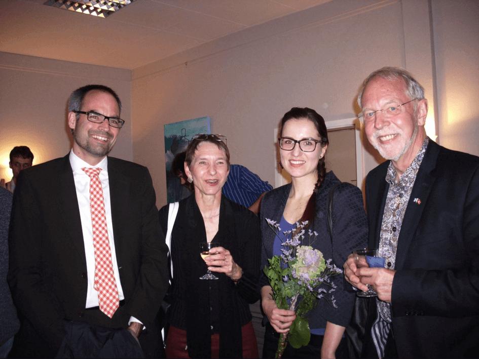 Prof. Dr. Friedrich, Prof. Dr. G. Clemens (beide Universität Hamburg) , Katrin Hoffmann (Doktorandin), Hubert Depenbusch  (Vorsitzender Cluny)